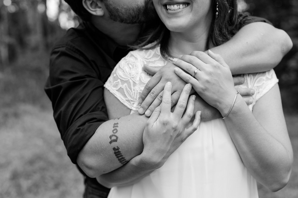 AmberLangerudPhotography_Countryside Engagement Session in Minnesota_3088.jpg