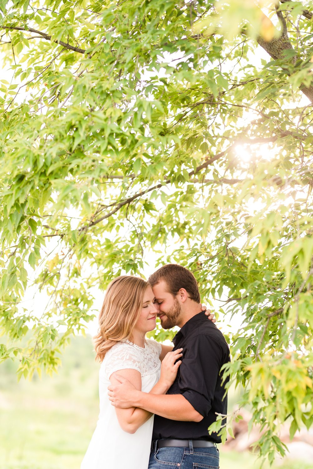 AmberLangerudPhotography_Countryside Engagement Session in Minnesota_3096.jpg