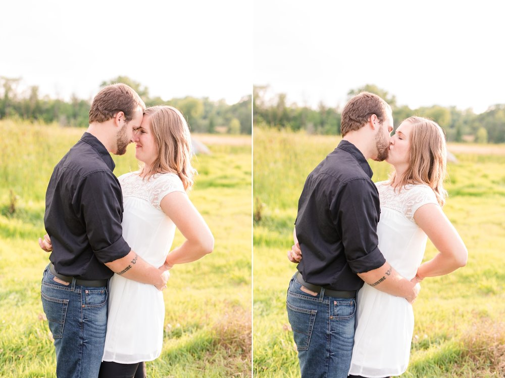 AmberLangerudPhotography_Countryside Engagement Session in Minnesota_3107.jpg