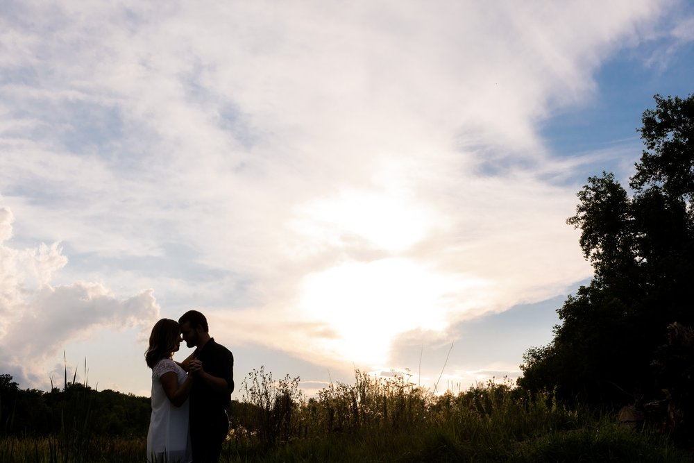 AmberLangerudPhotography_Countryside Engagement Session in Minnesota_3112.jpg
