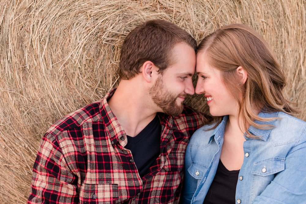 AmberLangerudPhotography_Countryside Engagement Session in Minnesota_3123.jpg