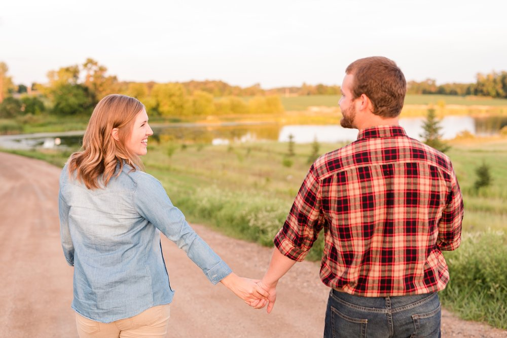 AmberLangerudPhotography_Countryside Engagement Session in Minnesota_3128.jpg