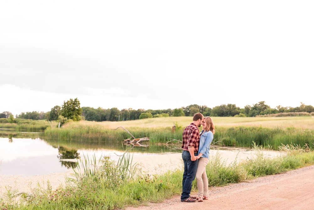AmberLangerudPhotography_Countryside Engagement Session in Minnesota_3134.jpg