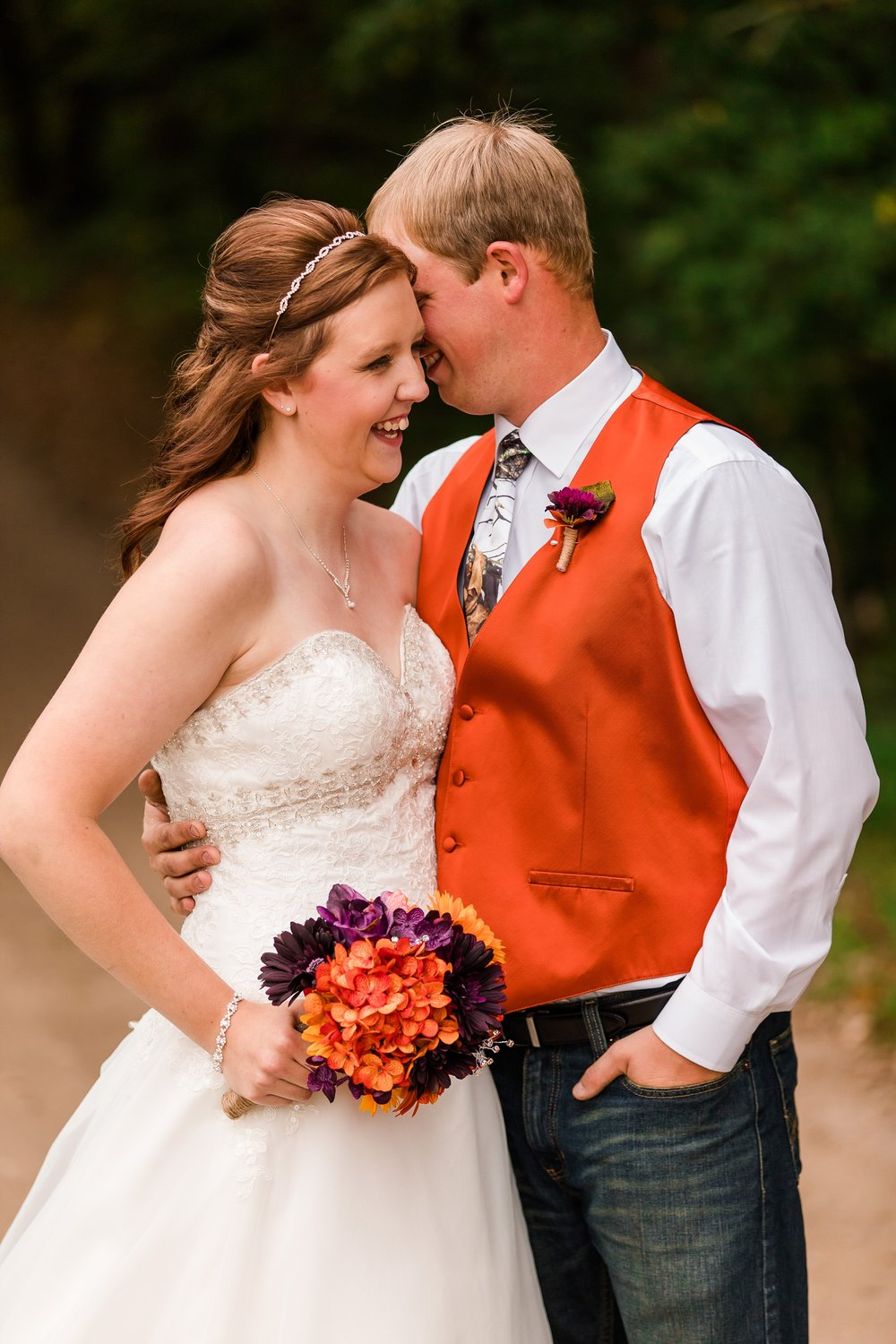 Amber Langerud_Lake Park MN Barn wedding at the Hitching Post_0416.jpg