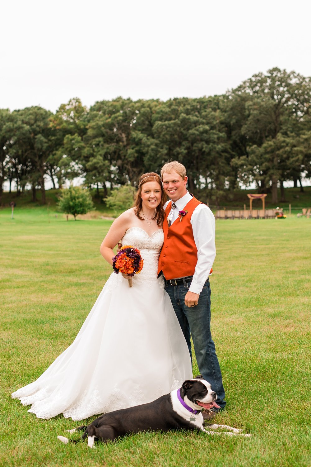 Amber Langerud_Lake Park MN Barn wedding at the Hitching Post_0430.jpg