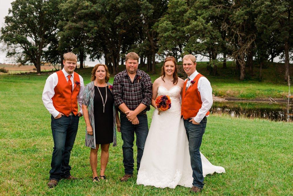 Amber Langerud_Lake Park MN Barn wedding at the Hitching Post_0432.jpg