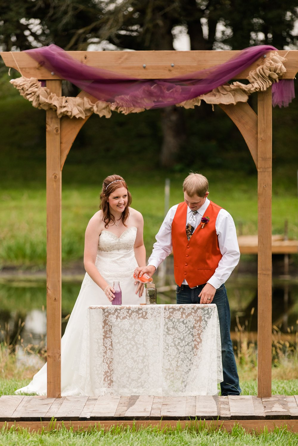 Amber Langerud_Lake Park MN Barn wedding at the Hitching Post_0447.jpg