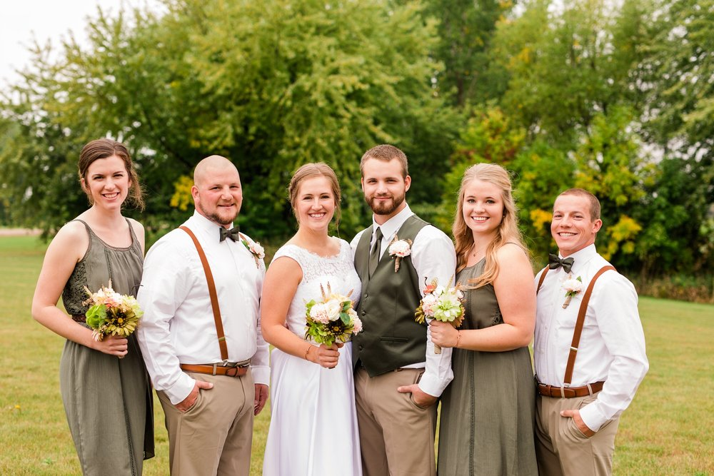AmberLangerudPhotography_Fall, Barn At Dunvilla Wedding with outdoor ceremony_3305.jpg