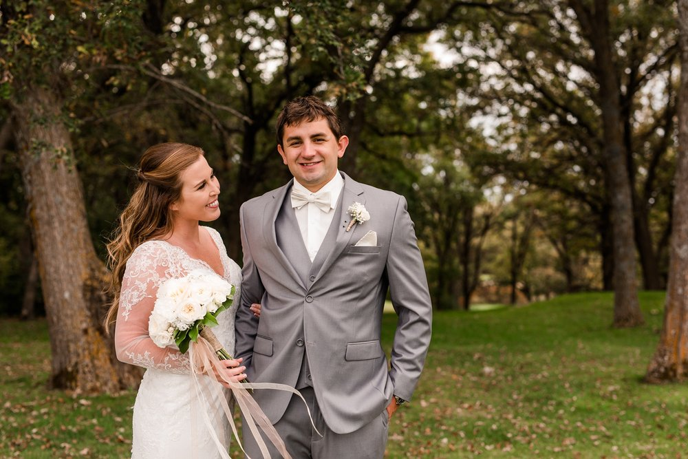 AmberLangerudPhotography_Fair Hills Resort Lakeside Wedding in Minnesota_3409.jpg