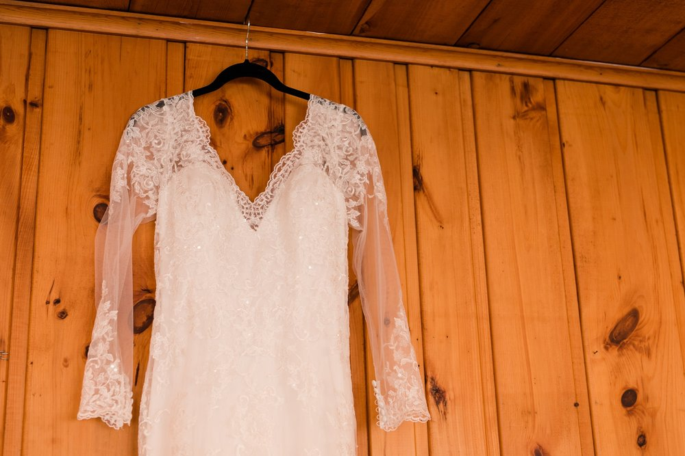 AmberLangerudPhotography_Fair Hills Resort Lakeside Wedding in Minnesota_3411.jpg
