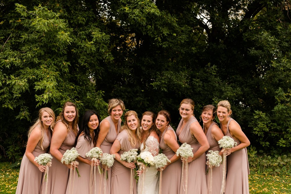 AmberLangerudPhotography_Fair Hills Resort Lakeside Wedding in Minnesota_3454.jpg