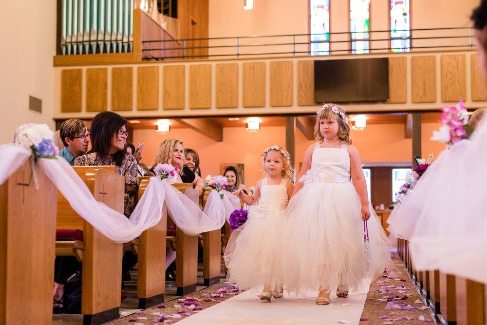 AmberLangerudPhotography_Downtown Fargo, ND Ramada Wedding_3683.jpg