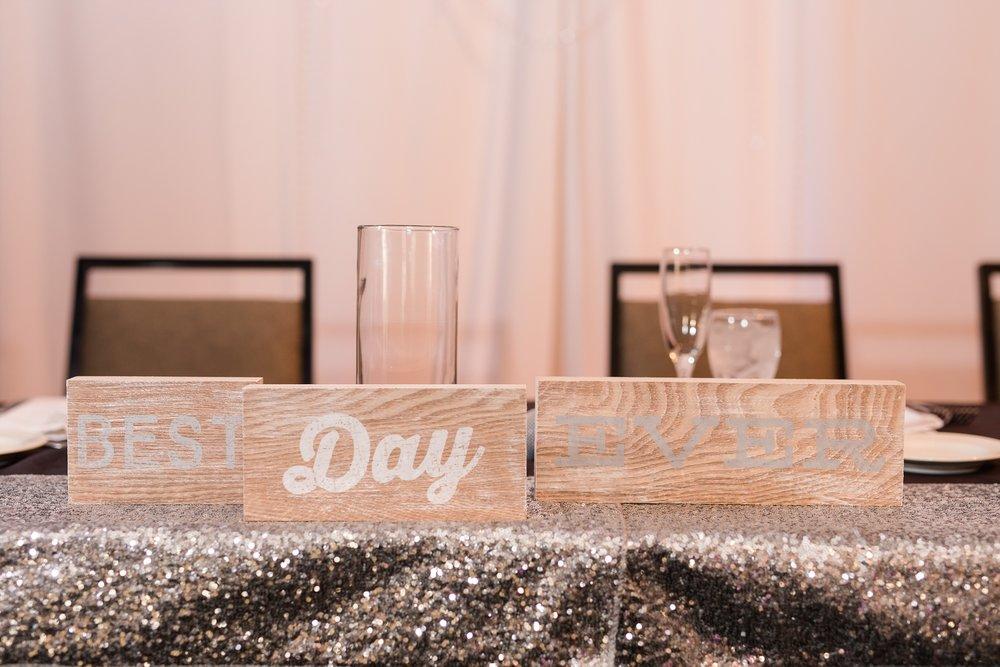 AmberLangerudPhotography_Downtown Fargo, ND Ramada Wedding_3694.jpg