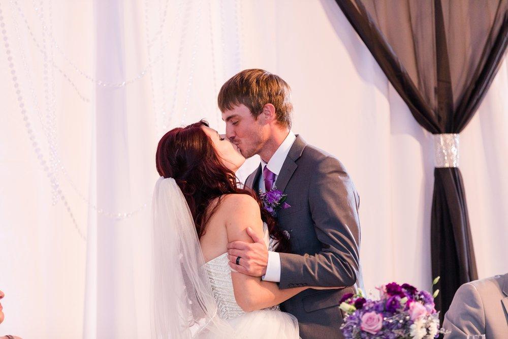 AmberLangerudPhotography_Downtown Fargo, ND Ramada Wedding_3698.jpg