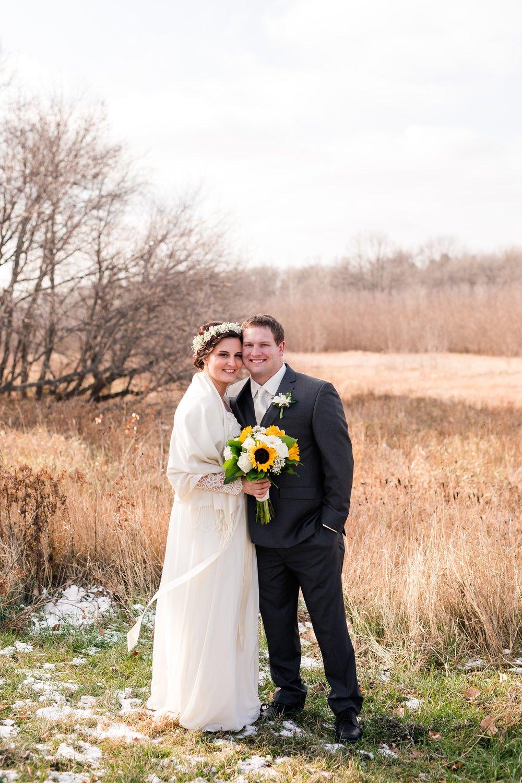 Amber Langerud_Rustic Oaks, MN winter barn wedding_0526.jpg