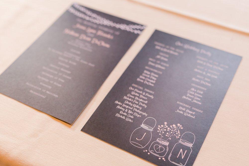 Amber Langerud_Rustic Oaks, MN winter barn wedding_0544.jpg