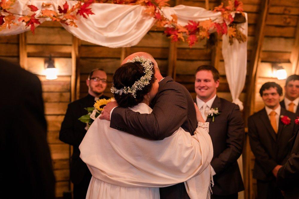 Amber Langerud_Rustic Oaks, MN winter barn wedding_0545.jpg