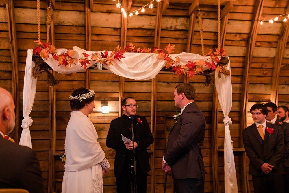 Amber Langerud_Rustic Oaks, MN winter barn wedding_0546.jpg