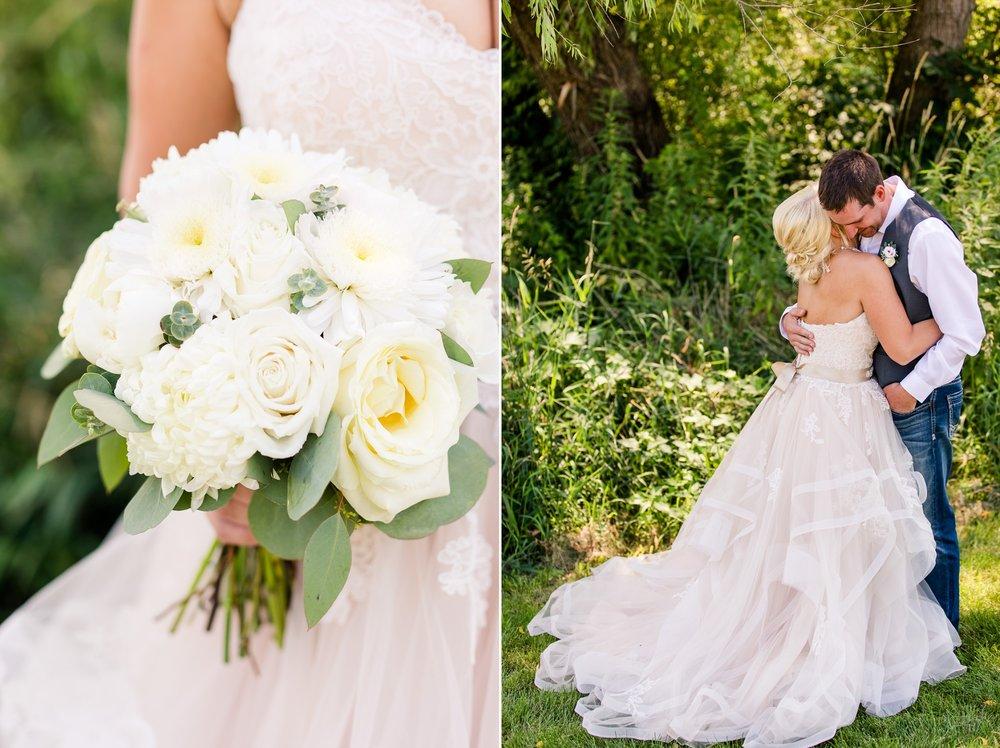 Amber Langerud Photography_Minnesota Barn Wedding_5149.jpg