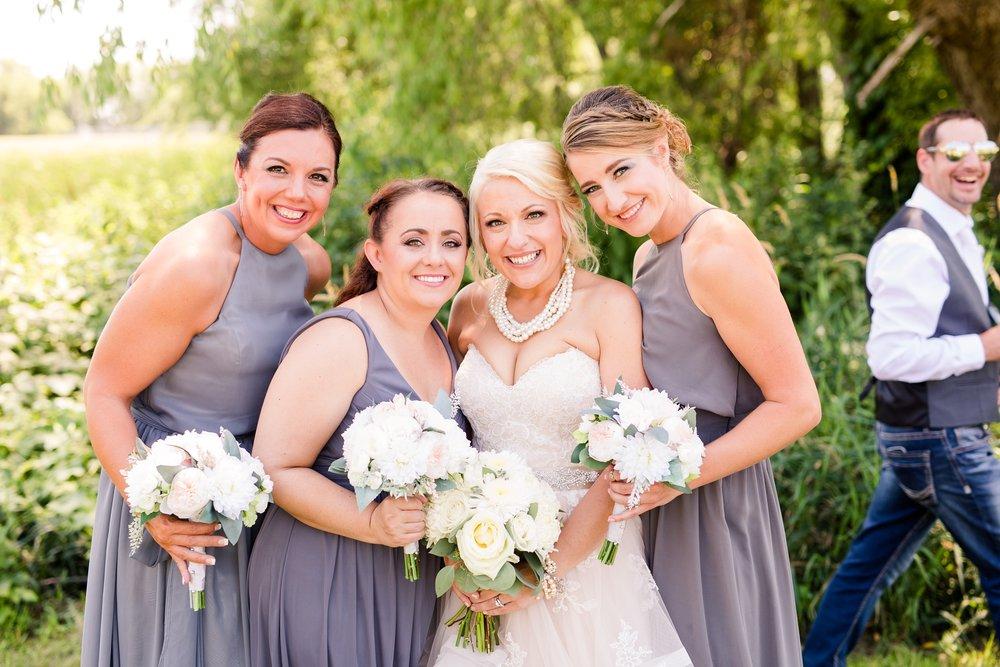 Amber Langerud Photography_Minnesota Barn Wedding_5158.jpg