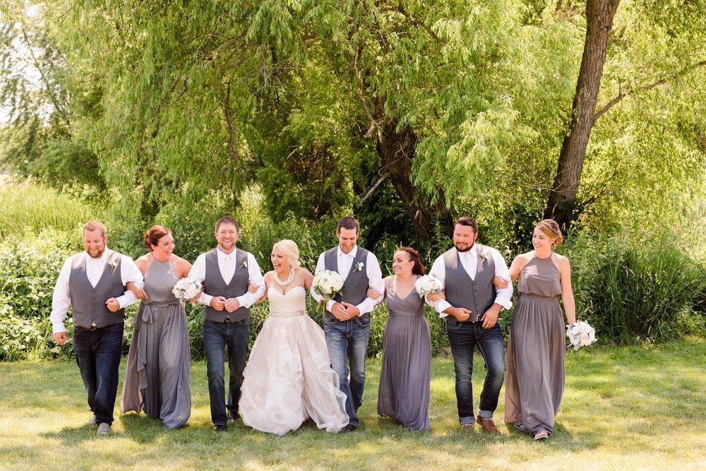 Amber Langerud Photography_Minnesota Barn Wedding_5161.jpg