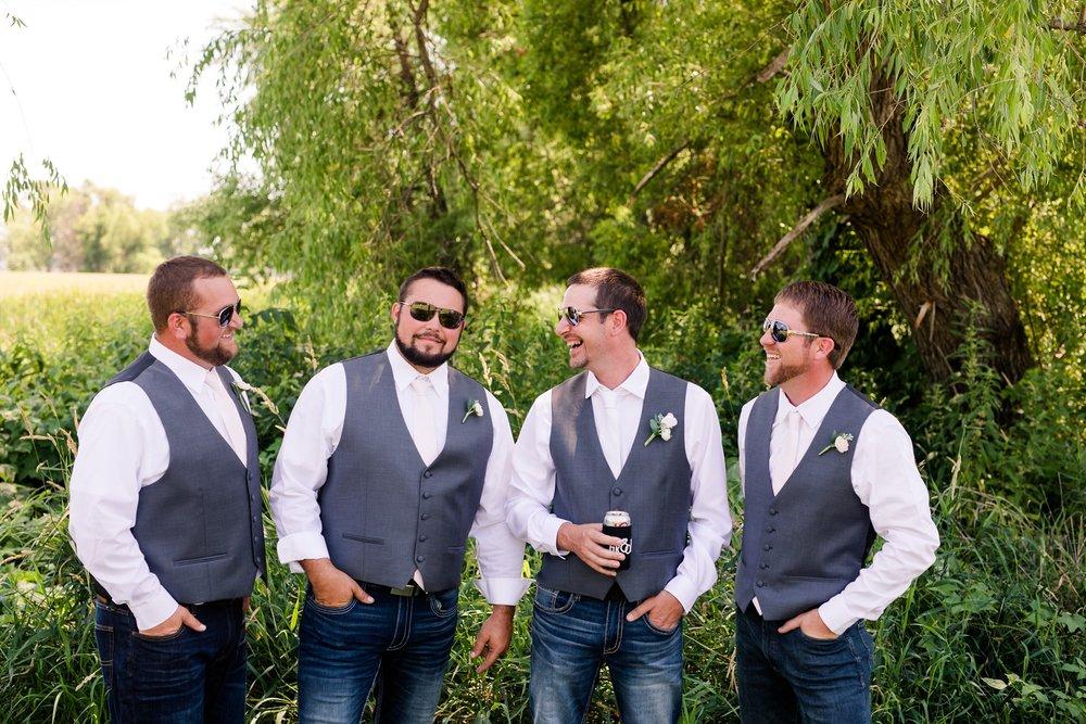 Amber Langerud Photography_Minnesota Barn Wedding_5165.jpg
