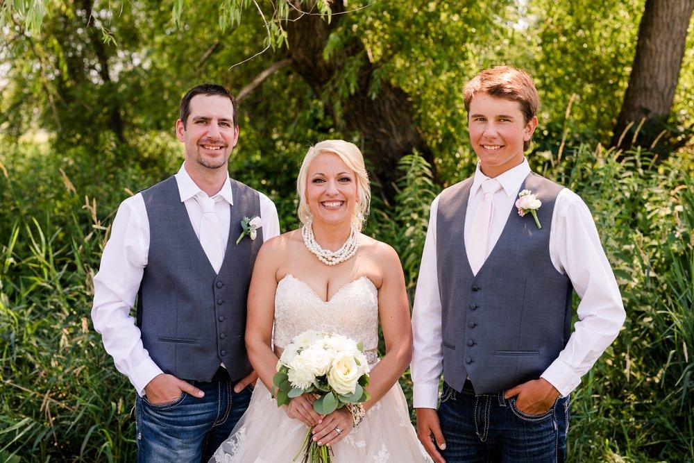 Amber Langerud Photography_Minnesota Barn Wedding_5168.jpg