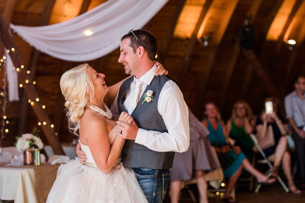 Amber Langerud Photography_Minnesota Barn Wedding_5192.jpg
