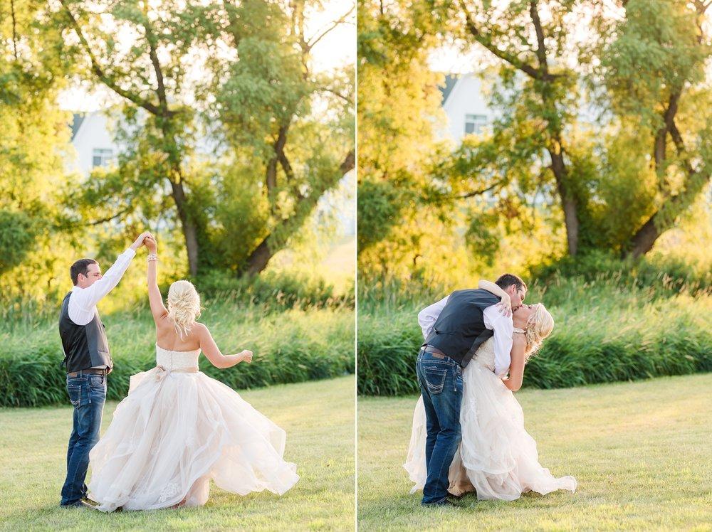 Amber Langerud Photography_Minnesota Barn Wedding_5206.jpg