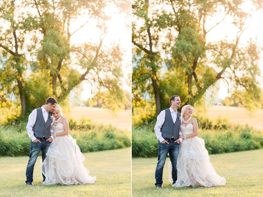 Amber Langerud Photography_Minnesota Barn Wedding_5208.jpg