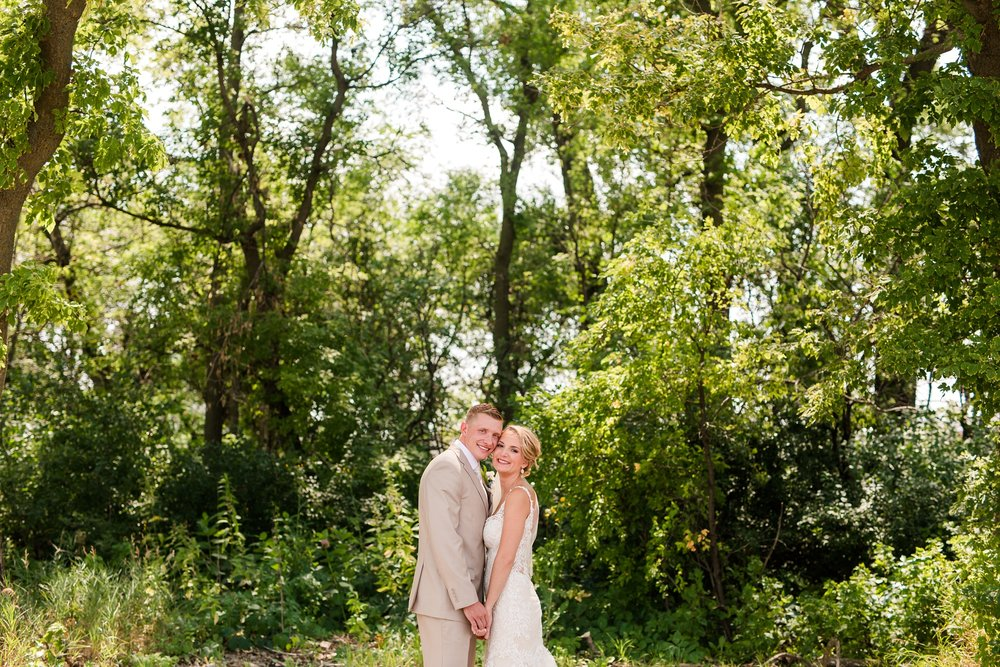 Amber Langerud Photography_Vintage Garden Minnesota Barn Wedding_5332.jpg