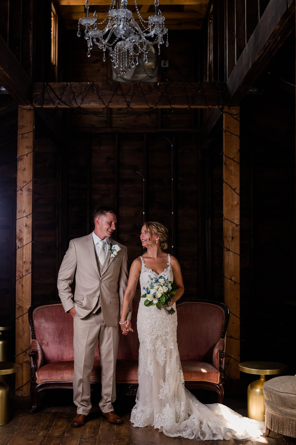 Amber Langerud Photography_Vintage Garden Minnesota Barn Wedding_5360.jpg