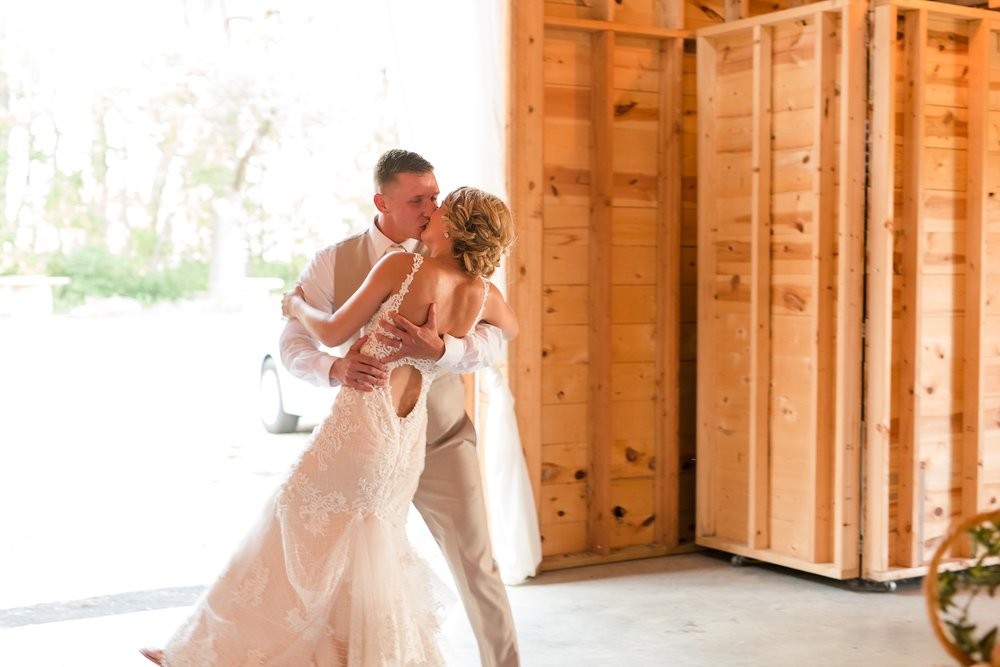 Amber Langerud Photography_Vintage Garden Minnesota Barn Wedding_5376.jpg