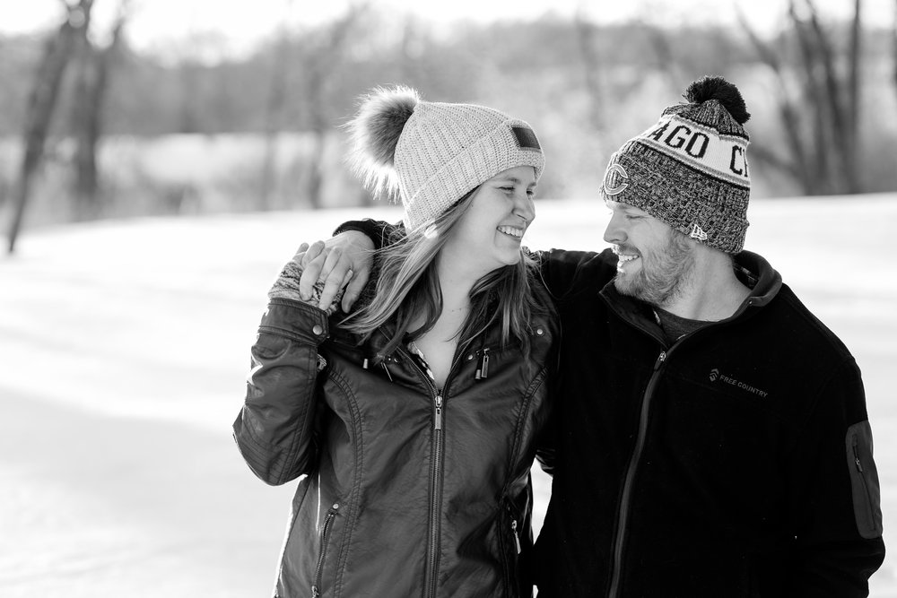 Amber Langerud Photography_Minnesota Winter Engagement Portraits_6156.jpg