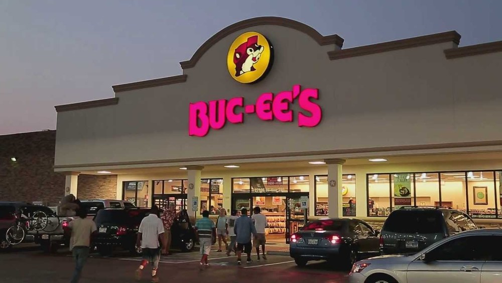 Story in the HoustonPress reports a former employee of the popular Buc ee s  convenience store chain is being sued for more than  60 000 00 for  allegedly. Buc ee s Sues Former Employee for    A Lot    Texas Employment Law