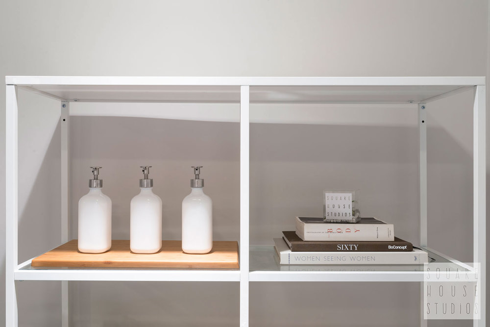 Detail-Shelf.jpg