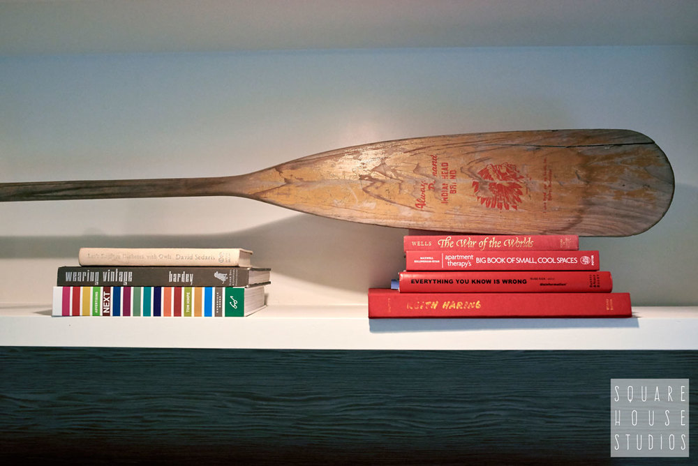 built-in-detail-oar-and-book-styling.jpg