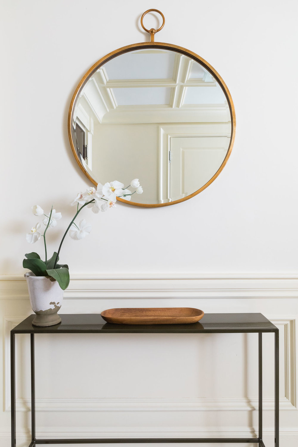 foyer-entry-console-round mirror.jpg