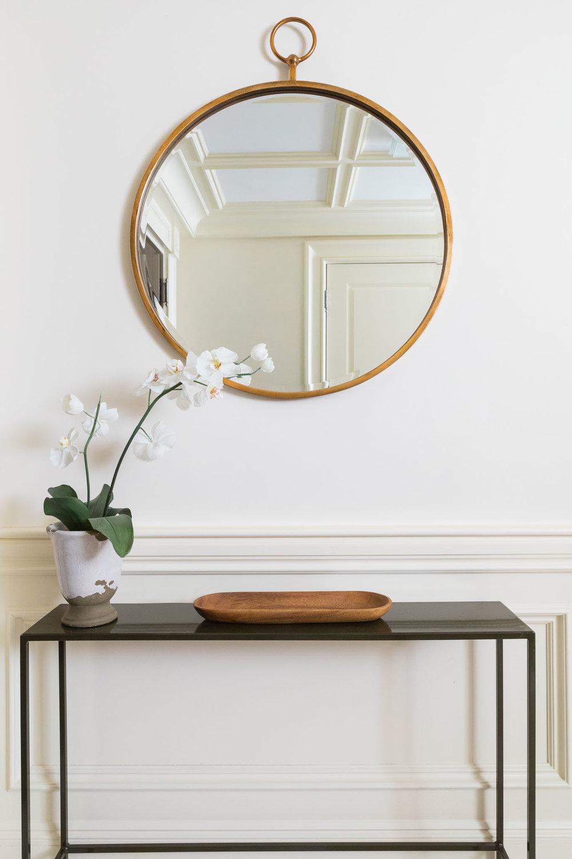 foyer-entry-console-round mirror.jpg