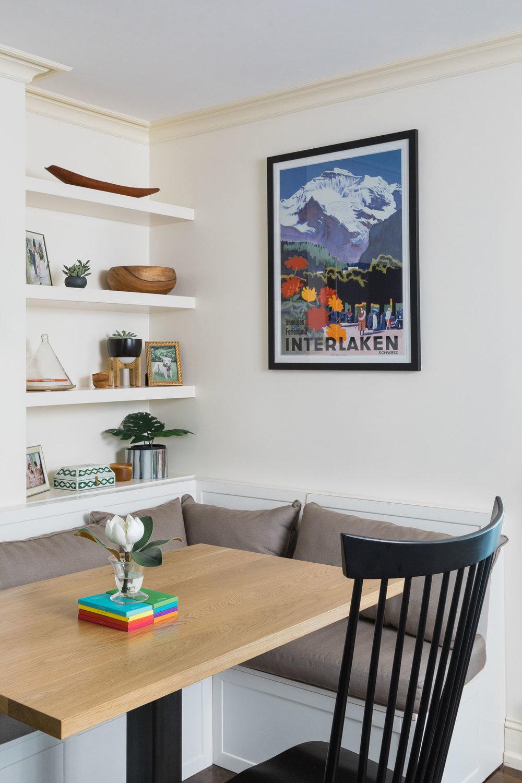 kitchen-nook-banquette-built ins.jpg
