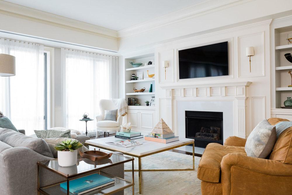squarehouse studios-skybox-living room.jpg