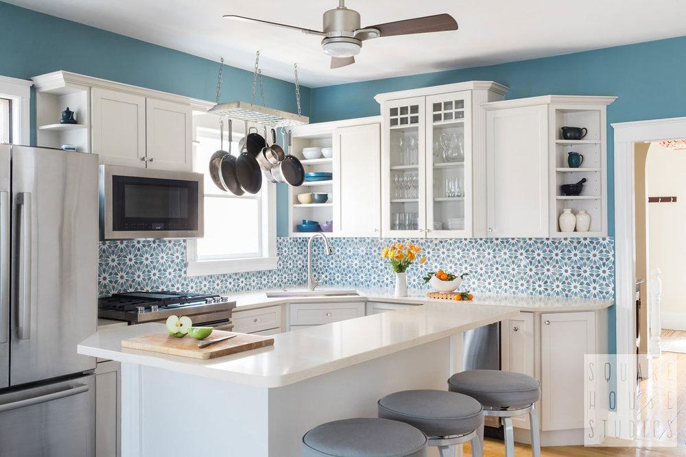 shs-kitchen-wide-backsplash.jpg