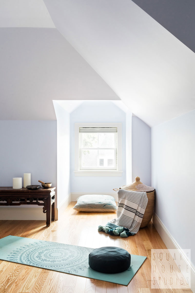 yoga-room-modern-zen.jpg