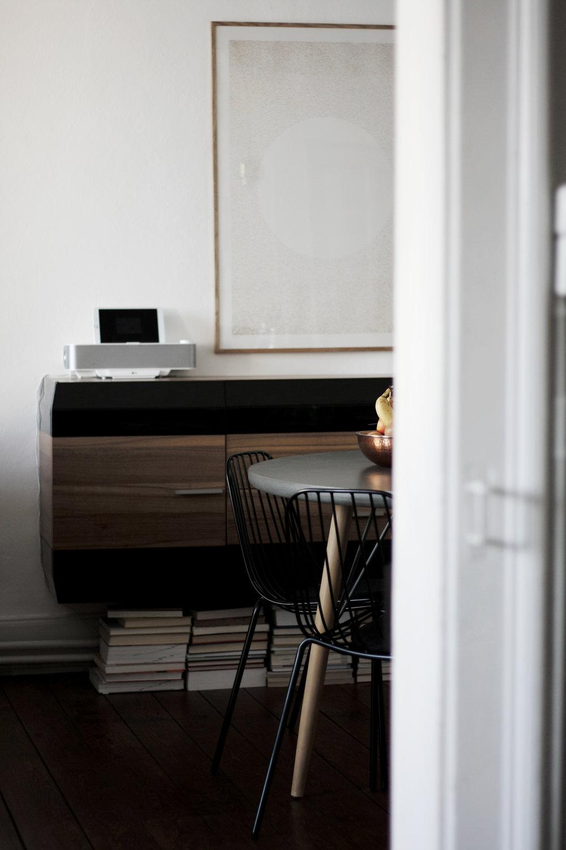 books livingroom.jpg