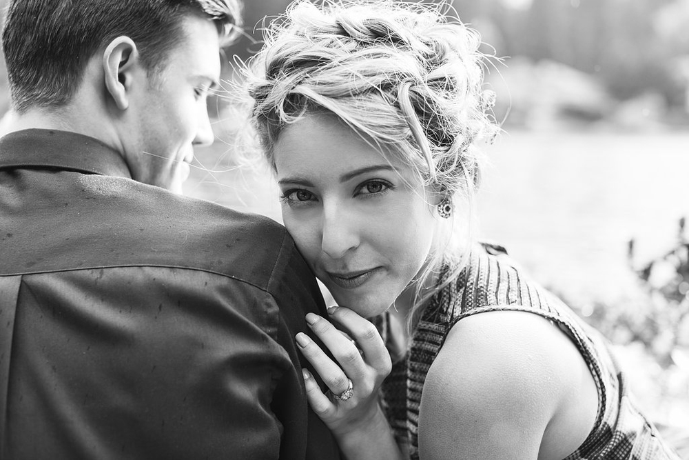Lake Sammamish Engagement and Elopement Styled Shoot | Seattle Wedding Planning | Kelly Lemon Photography
