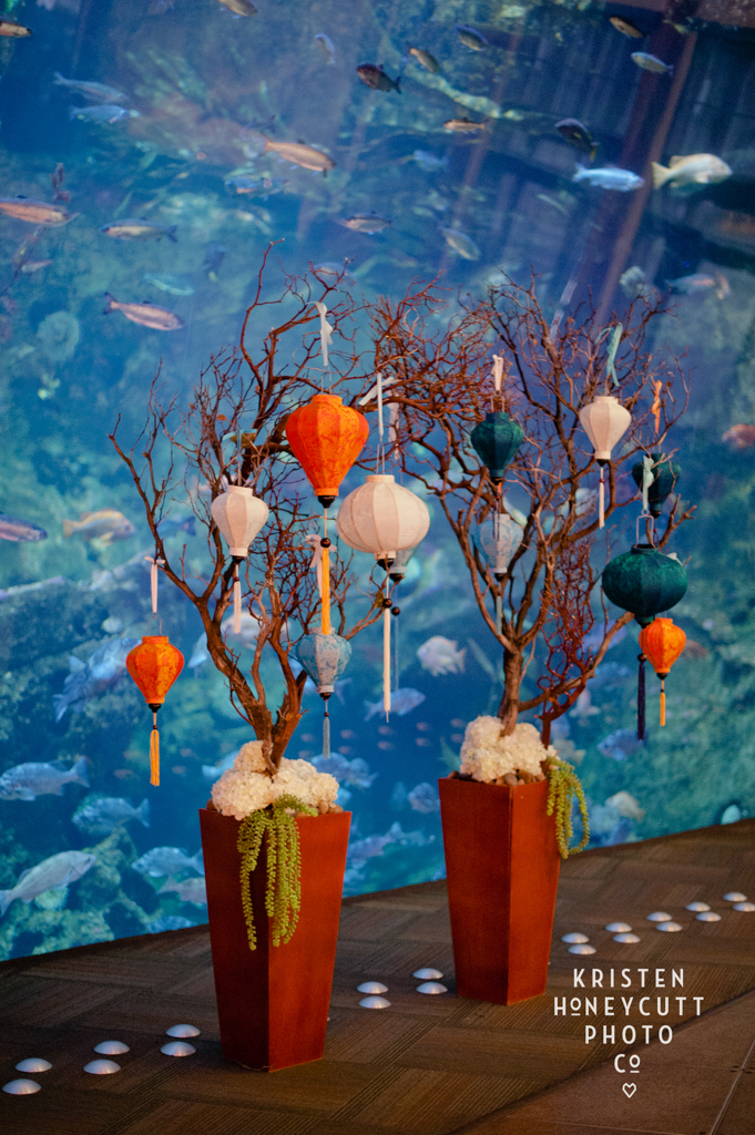 Seattle Aquarium Wedding by New Creations Wedding Design and Coordination | Aqua and Orange Wedding Details