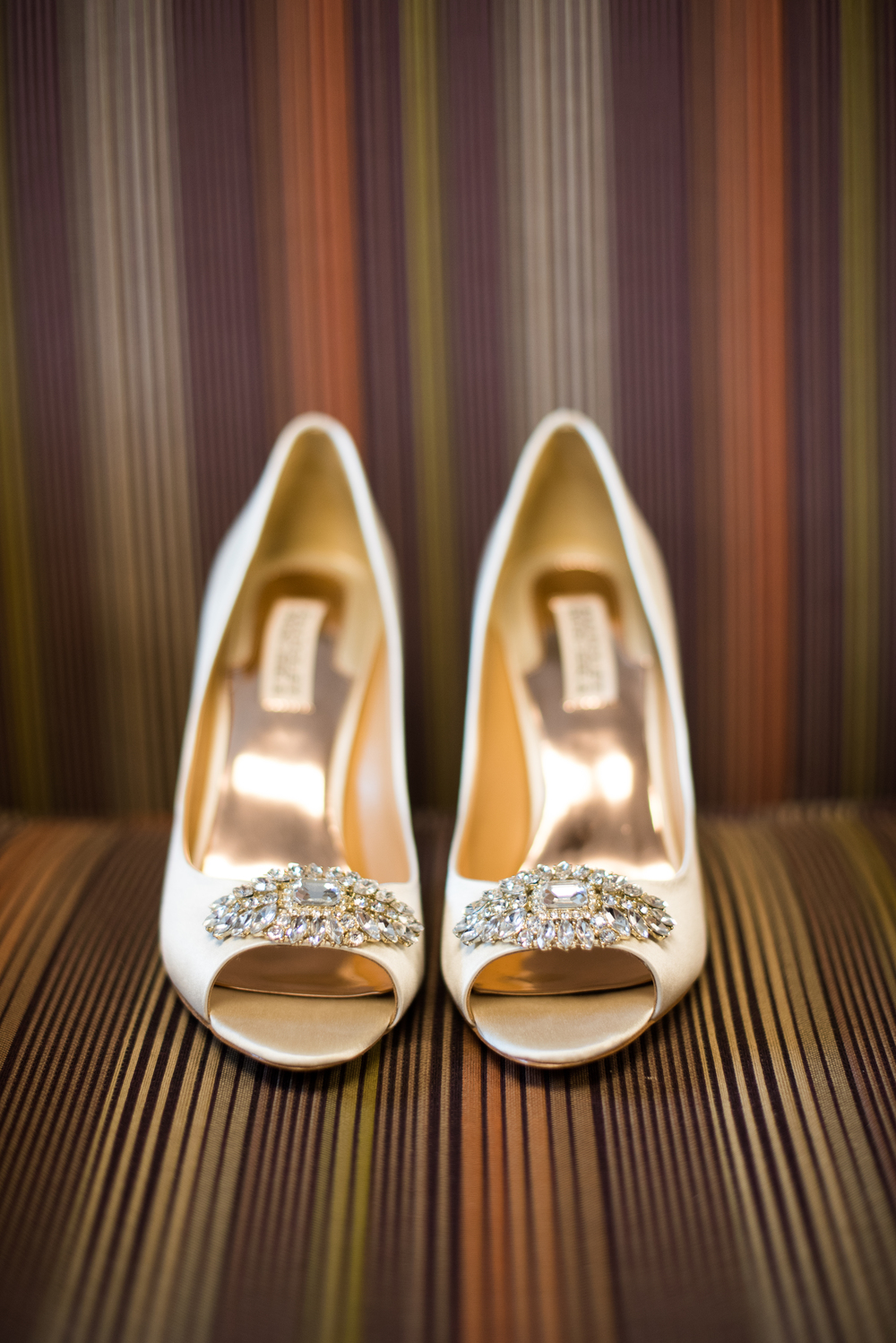 Meridian Valley Country Club Wedding | Wedding Shoes | C2 Photography | Seattle Wedding Planner | New Creations Weddings