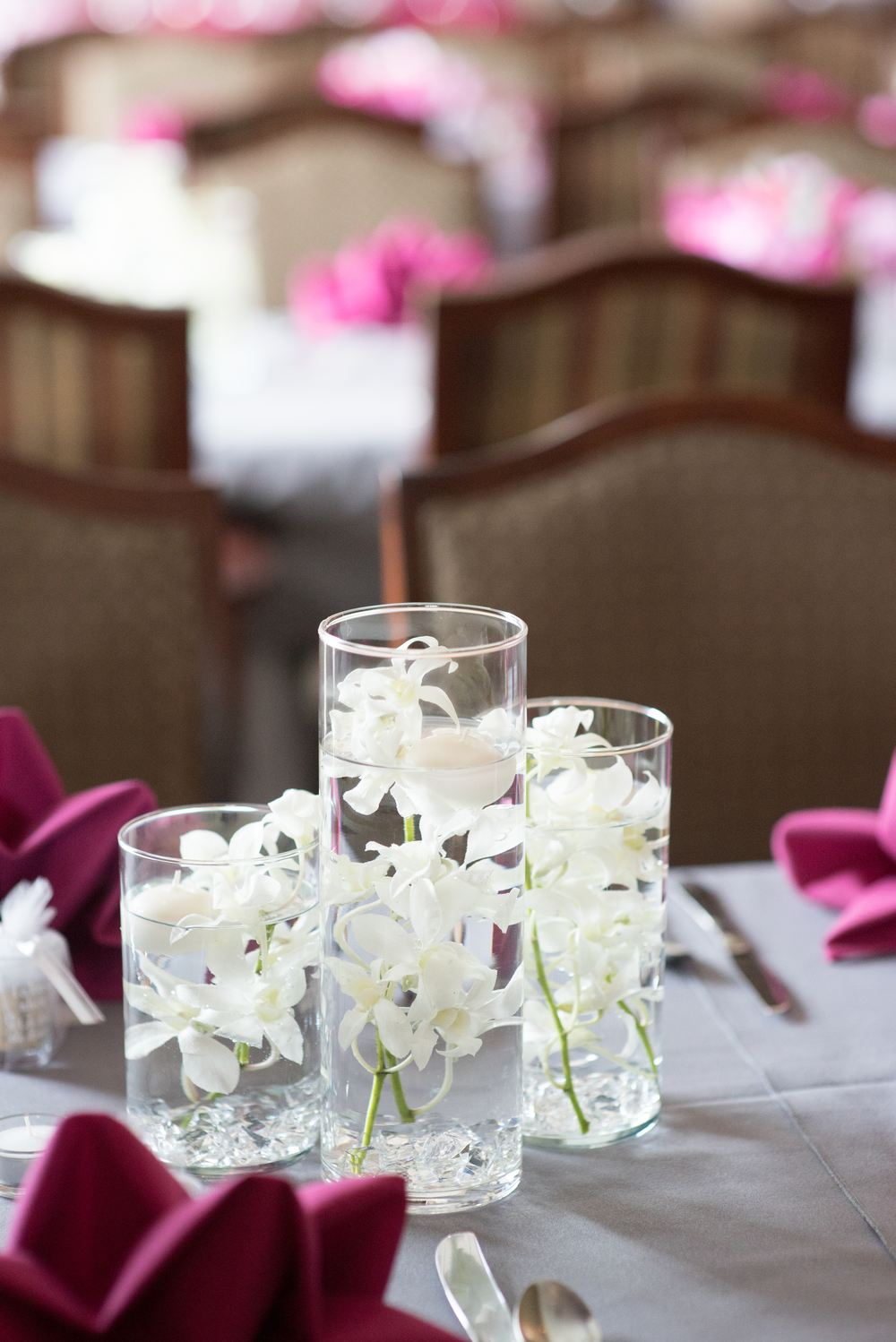 Meridian Valley Country Club Wedding | Candle and Orchid Wedding Centerpiece | C2 Photography | Seattle Wedding Planner | New Creations Weddings