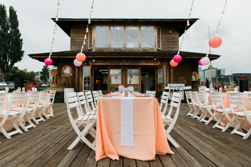 Center for Wooden Boats Wedding | Peach Wedding | Asgari Photography | Seattle Wedding Planner | Chinese Wedding Planner