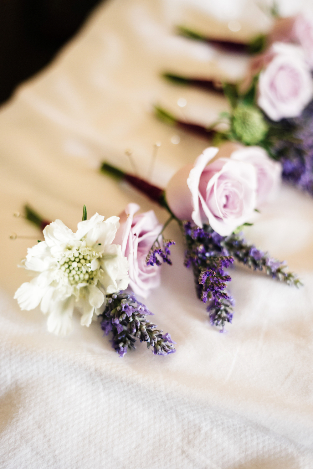 Purple Wedding Boutonniere | Joe and Patience Photography | Filipino Wedding Planner | Seattle Wedding Planner | Ballard Bay Club Wedding